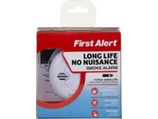 First Alert SA700 Long Life No Nuisance Smoke Alarm