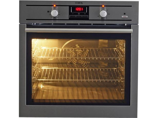 aeg be300360km review aeg be300360km built in oven review   which   rh   which co uk
