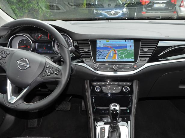Vauxhall Navi 900 Intellilink sat nav review - Which?
