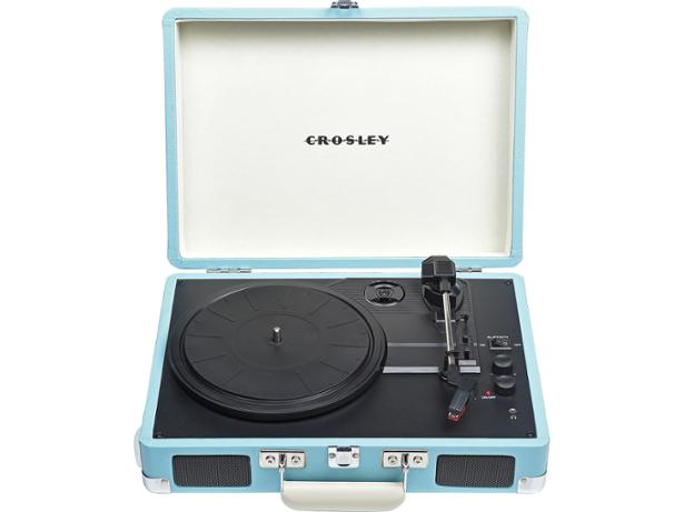 crosley cruiser deluxe cr8005d record players and turntable review which. Black Bedroom Furniture Sets. Home Design Ideas